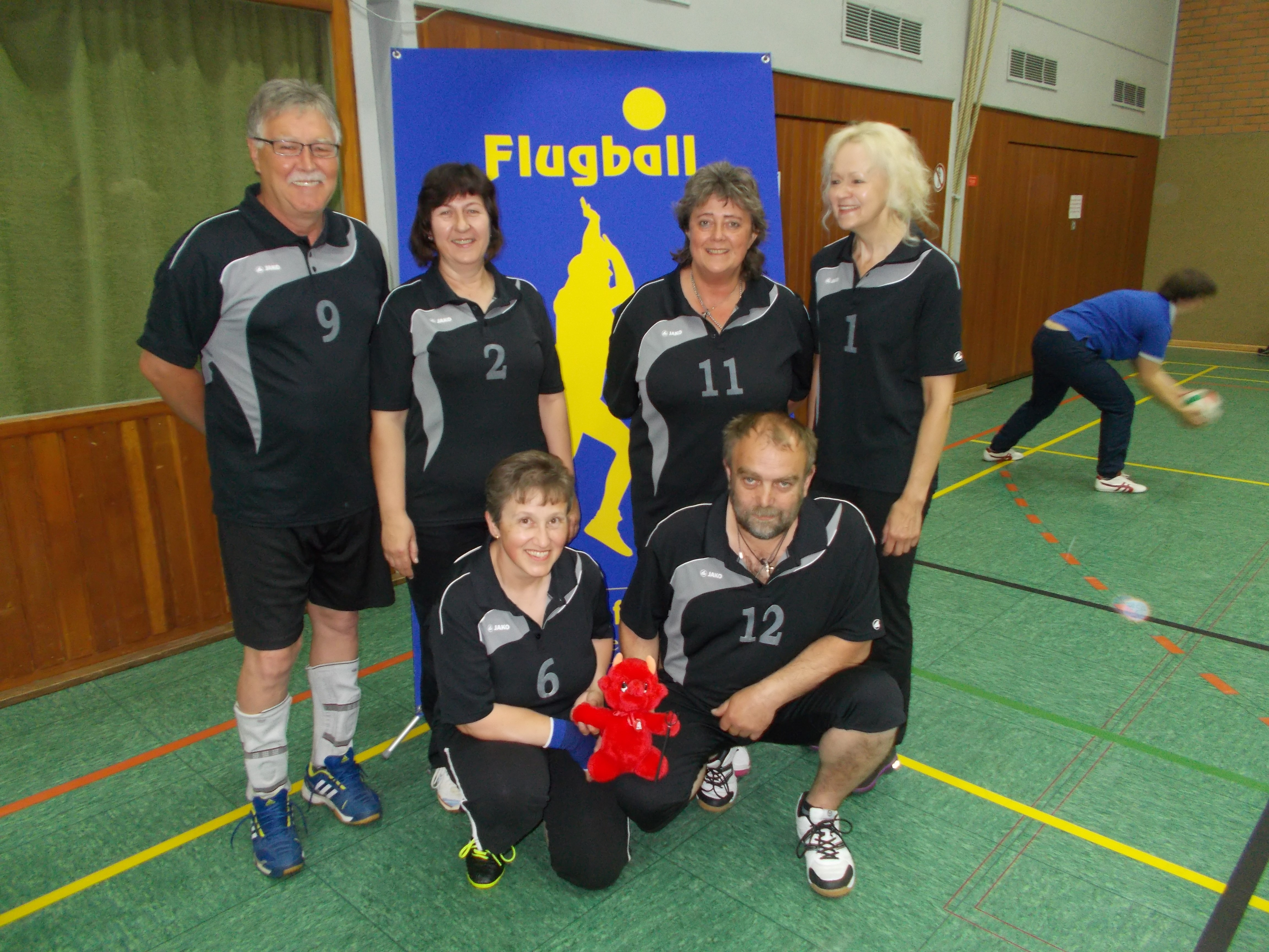 Bild von links Oben: Flierl Rainer, Baumann Gerda,       Hunsperger Evelyn, Spitzner Anita Bild von links unten: Kraus Brigitte, Hunsperger Wolfgang
